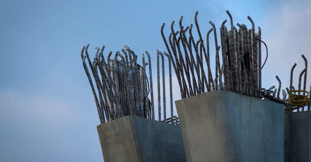 železobeton - beton vyztužený ocelí
